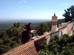 Overal in Algarve zie je de typische moorse schoorstenen.