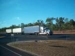 In de Outback van Australië verzorgen de road trains het vervoer in afgelegen regio's. Vanwege de enorme afstanden is deze vorm van transport relatief voordelig.