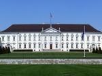 Slot Bellevue is de officiële ambtswoning van de Duitse Bondspresident. Het slot ligt aan de oever van de Spree. Het slot heeft zijn naam te danken aan het uitzicht over de rivier.