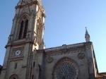 De Santiagokathedraal is een katholieke kathedraal. De architectuur van het gebouw is een mengsel van 15e eeuws gotiek en invloeden van neogotiek.