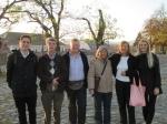 Ons internationaal groepje (Hongarije, België, Hawaï en Griekenland) van de Donau Bend Tour met links de chauffeur/gids Nicos.