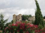 De prachtige 14de eeuwse kasteeltorens in Argens-Minervois.