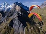 Chamonix is een paradijs voor zweefvliegers. Er zijn scholen om het aan te leren, maar je kan natuurlijk ook een duovlucht boeken.