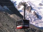 De kabelbaan bestaat uit twee trajecten: het eerste traject start in Chamonix op een hoogte van 1035m en gaat naar de Plan d'Aiguille (2317m).