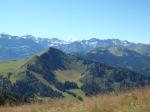 Je kan met de kabelbaan naar Super Châtel (1610 m) maar het is sportiever om te wandelen ;-)