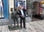 In Cork komen we deze Echo Boys tegen, een eerbetoon aan de vele jongeren die vroeger op straat hun kranten aan de man brachten.
