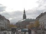 Slotsholmen is een eilandje in het centrum van Kopenhagen. Eén van de belangrijkste gebouwen is Christiansborg waar het Deense parlement zetelt.