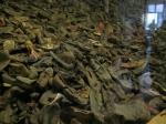 Bezittingen van de gevangenen werden afgenomen bij aankomst in Auschwitz