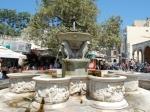 Morosinis fontein (1628) in Heraklion, waarvan het bassin versierd is met nimfen, dolfijnen, stieren, tritons en andere mythologische dieren.