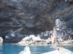 Pirates bay, vroeger een schuilplaats voor piraten, nu een (primitief) buitenverblijf voor de Palmezen