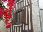 Mooi vakwerkhuis in Beaugency. Overal langs de Loire vind je dergelijke huizen terug.