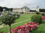 Het kasteel van Chenonceau ligt over het water van de rivier de Cher. Het kreeg de bijnaam 'Chateau des Dames' omdat verschillende beroemde vrouwen hier een bruisend hofleven leidden.