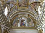 De St. Paul's Cathedral in Mdina is gebouwd op de plaats waar gouverneur Publius volgens de overlevering de apostel Paulus heeft ontmoet, nadat deze voor de Maltese kust schipbreuk had geleden.