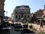 Het centrum van La Roche met de marktplaats en het stadhuis.