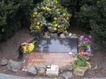 Gedenksteen voor Jan Palach en Jan Zajic die zichzelf in brand staken tijdens de Praagse Lente