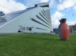 De Letse Nationale Bibliotheek, bijgenaamd 'het lichtkasteel', werd in 2014 in gebruik genomen. Alle boeken uit meerdere plaatsen in Riga werden via een menselijke ketting doorgegeven naar dit nieuwe gebouw.