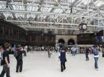 Central station : volledig overdekt met glazen koepel, bevat hotel, bar, restaurant, winkels en parking (Glasgow)