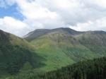 Zicht op de Ben Nevis (1344 m), hoogste berg in de UK. We laten die links liggen ;-)
