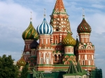 Voor de meeste Russen is het Rode Plein niet alleen het hart van Moskou, maar ook van Rusland. Op de foto de Pokrovkathedraal (ook wel Basiliuskathedraal genoemd).