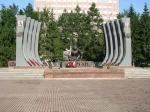 """Het oorlogsmonument de """"zwarte tulp"""" in Jekatarinaburg ter nagedachtenis aan de oorlog in Afghanistan (1979-1989) en andere oorlogen van Rusland en de Sovjet-Unie."""