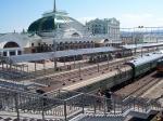 Krasnoyarsk treinstation is historisch een belangrijke halte op de Trans Siberische spoorlijn.