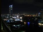 Bangkok by night vanuit het Chatrium Riverside Hotel.