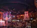 Las Vegas, een stad midden in de woestijn, is vooral bekend vanwege de extravagante hotels en casino's. Op deze foto de show in het casino Rio.
