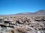 Death Valley is de heetste plek op aarde en de droogste plek van Noord-Amerika. De hoogste temperatuur ooit gemeten is 56,7 °C, in Furnace Creek op 10 juli 1913.