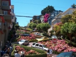 Lombard Street in San Francisco is bekend als de meest bochtige straat van de wereld. Het heeft 8 scherpe haarspeldbochten.