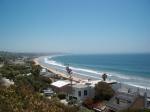Malibu is een voorstad van de stad Los Angeles en staat bekend om zijn mooie stranden en grote en dure huizen van bekende filmsterren.