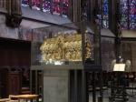 Het schrijn in de Dom van Aken waarin de relieken van Karel de Grote bewaard worden. Dit maakte van deze plaats een bedevaartsoord dat in de loop der eeuwen veel pelgrims trok.