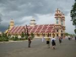 Kathedraal van de Cao Dai, een mengeling van verschillende wereldgodsdiensten (Tay Ninh)