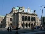 Het majestueze gebouw van de Weense StaatsOper werd in het midden van de 19de eeuw opgetrokken als een van de eerste grote gebouwen langs de Ringstrasse.