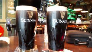 Peter's Irish Pub met het zwarte goud.