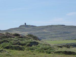 De signaaltoren op White Ball Head maakt deel uit van een netwerk uit het begin van de 19de eeuw. Ze werden gebouwd om te verwittigen tegen een Franse invasie.