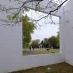In het Skulpturenpark probeert men kunst en natuur te laten samenvloeien.