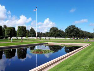 Het indrukwekkende Amerikaans kerkhof waar 7900 gesneuvelde soldaten rusten