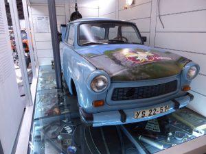 Het beroemde Trabantje in het Transportmuseum.