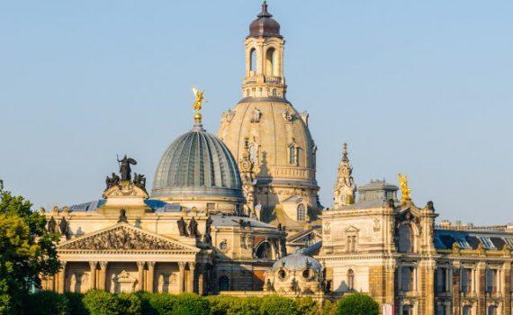 Kunstacademie en Frauenkirche van Dresden, Duitsland