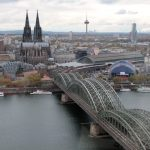 Dom, station en spoorwegbrug van Keulen