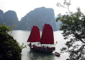 Vietnam – kleurrijke bevolking in het land van water en bergen