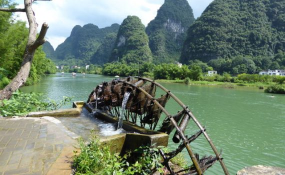 Karstheuvels langs de Li rivier in Yangshao, China